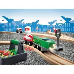 Bocznica kolejowa - przemysłowa z lokomotywą na pilota