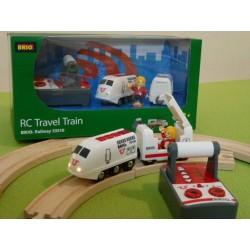 Zdalnie sterowana lokomotywa pasażerska z wagonem