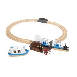 Przystań promowa z bocznicą i pociągiem