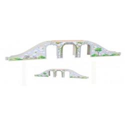 Długi, trzyelementowy most kolejowy