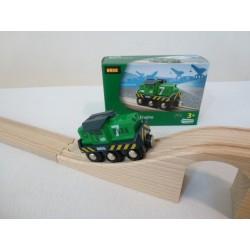 Zielona towarowa lokomotywa na baterie