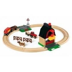 Farma - kompletna makieta z dźwigiem, traktorem i przejazdem kolejowym